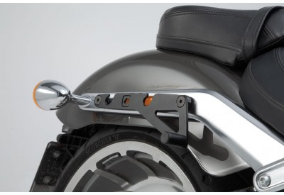 SLH Side Carrier RIGHT Harley Davidson Softail Breakout-Fat Boy for Legend Gear Bag LH1 HTA.18.682.10600 SW-Motech