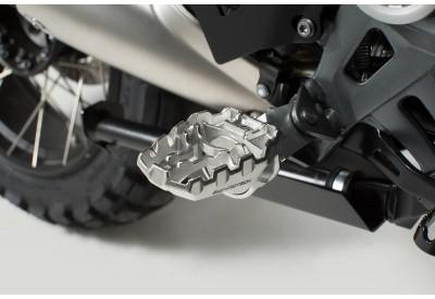 Footpegs EVO Kawasaki Models FRS.08.112.10001 SW-Motech