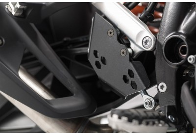 Rear Brake Cylinder Guard KTM 1050-1090-1190-1290 BPS.04.175.10100/B SW-Motech