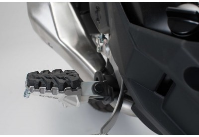 Footpegs EVO Kawasaki Versys Models FRS.08.112.10102 SW-Motech